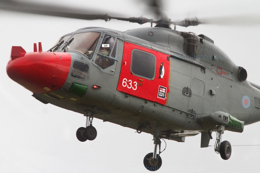 Lynx_632 Endurance_702sqn. in heavy rain. 2 Nov 2011. img1728v2