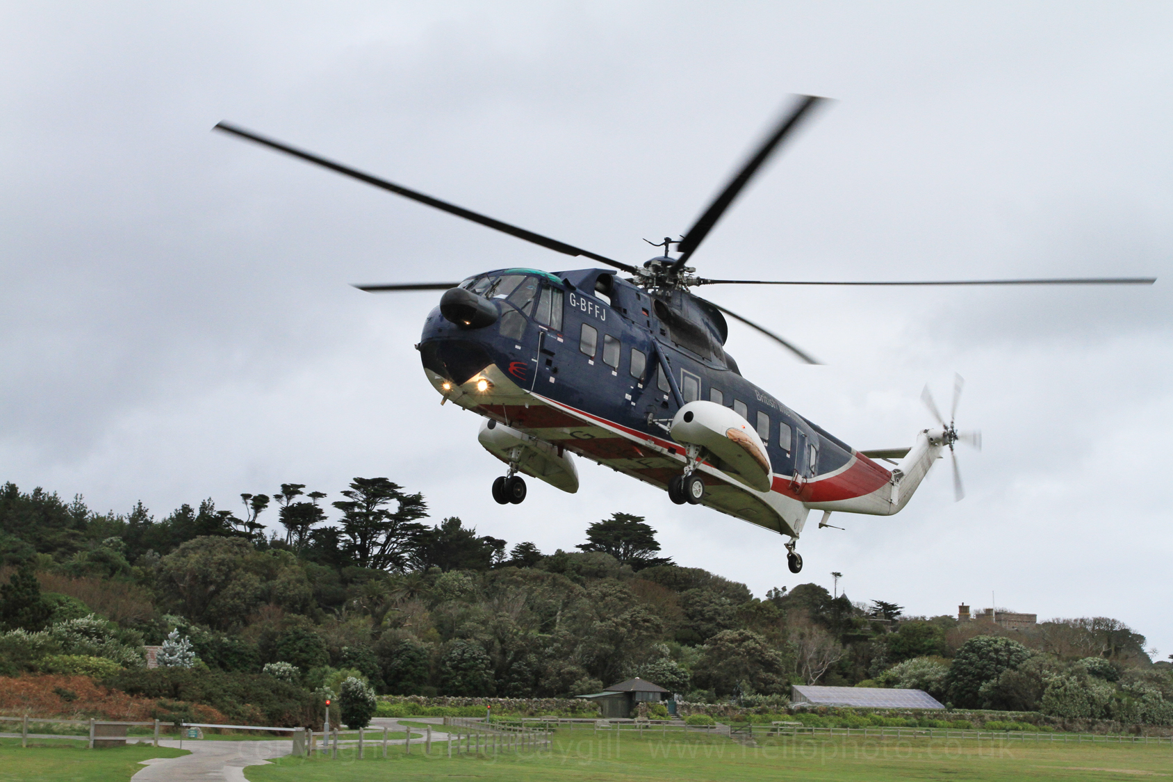 Isles Of Scilly Final Helicopter Flights Oct 2012  Hellophotouk