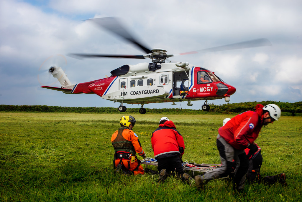 email_cg_montain_rescue_greg_caygill_img1093_eprint